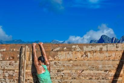 rock-sky-sport-run-wall-jump-918555-pxhere.com